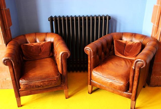 fauteuil-en-cuir-vintage-marron