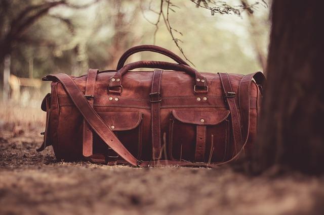 Le sac en cuir pour homme : un accessoire intemporel et indispensable
