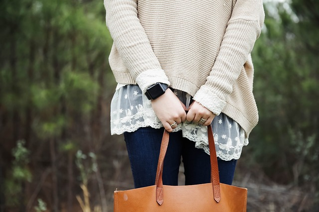 Le sac en cuir grainé, un effet très à la mode