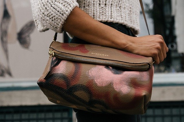 Le sac à main en cuir marron : un gage d'authenticité !